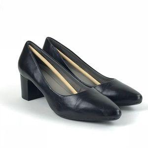 cd7d2ff2c9d AEROSOLES Shoes - Aerosoles Womens Silver Star Leather Pumps Sz 8.5M